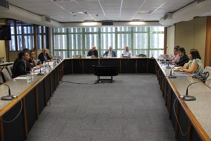 FOTO Conselho Deliberativo discute cenários econômicos