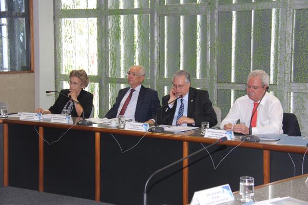 fotoCD Conselho Deliberativo aprova ajustes na Política de Investimentos